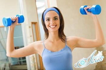 упражнения с гантелями для женщин в домашних условиях.
