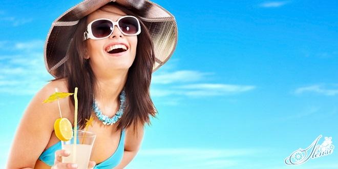 Девушка счастливав от эффекта лактофильтрума от прыщей