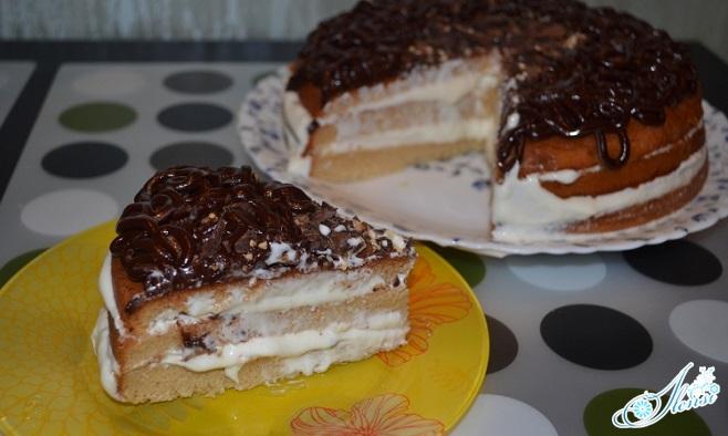 Готовый медовый торт из мультиварки