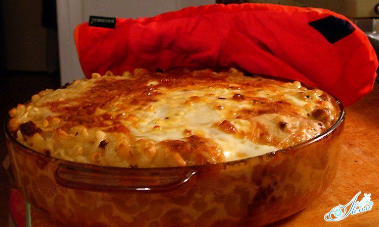 Запеканка из макарон с сыром и молоком