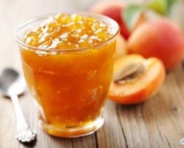 стаканчик с абрикосовым вареньем