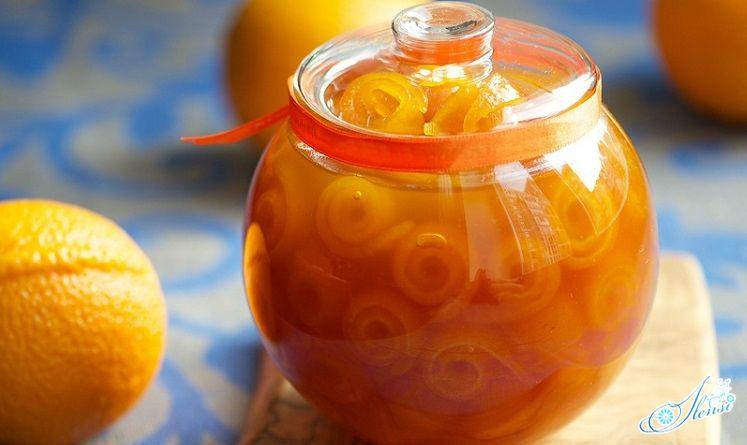 апельсиновое варенье в банке