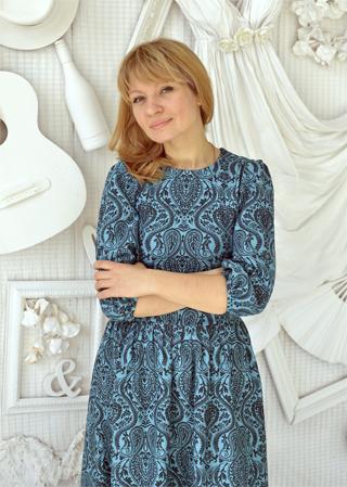Наталья Новикова исполняет желания людей с помощью одежды