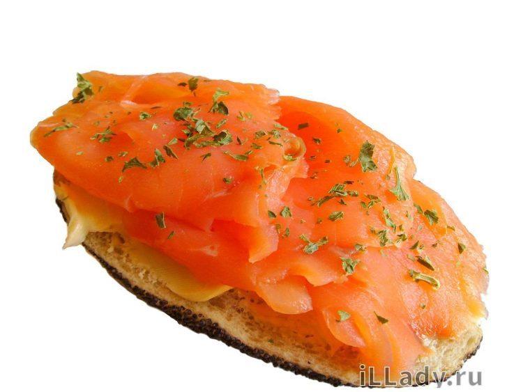 красная рыба в бутербродах