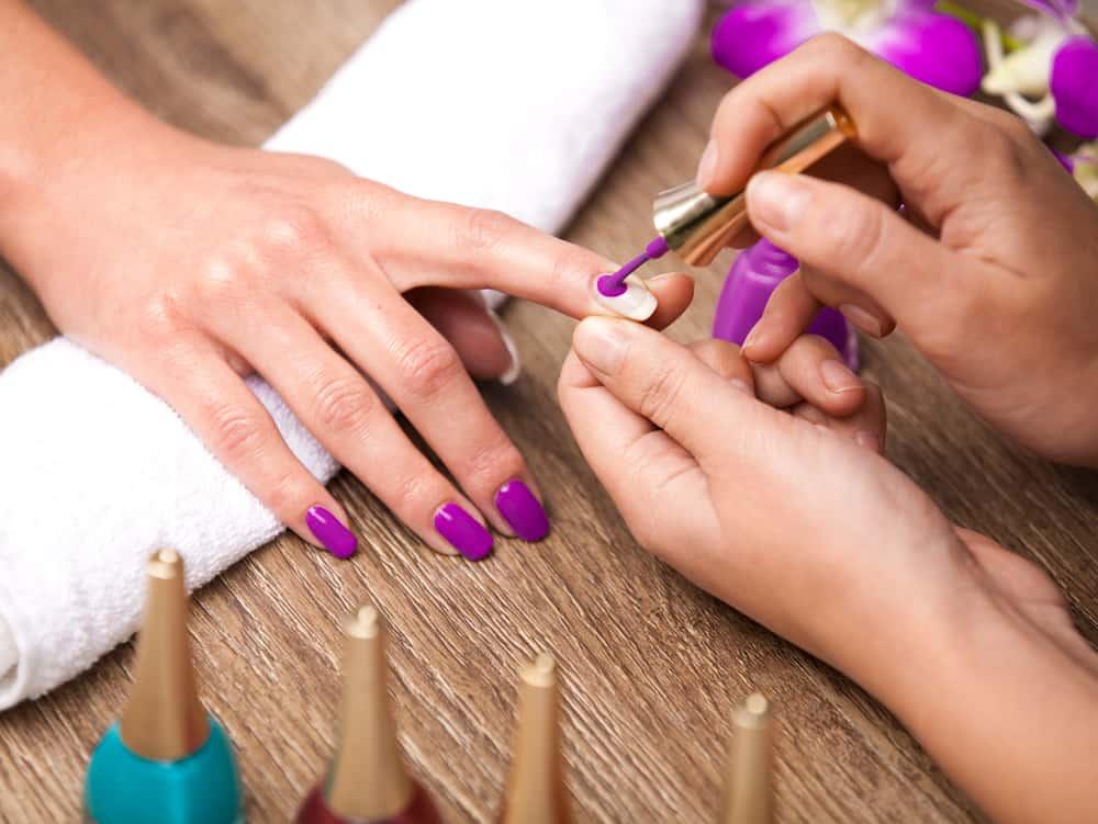 Особенности дизайна ногтей и маникюра